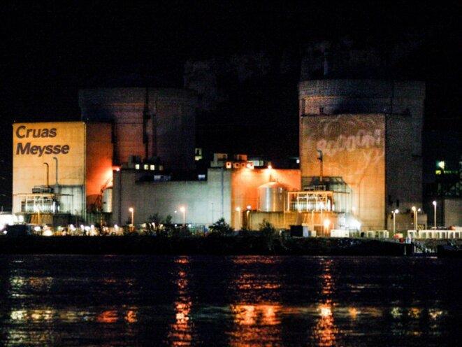 Des membres de l'ONG Greenpeace s'étaient introduits le mardi 28 novembre 2017 dans la centrale nucléaire de Cruas-Meysse, en Ardèche. © Nicolas Chauveau/Greenpeace
