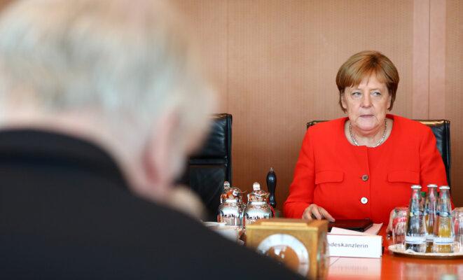 Angela Merkel lors d'une réunion avec Horst Seehofer le 27 juin 2018. © Reuters/Hannibal Hanschke