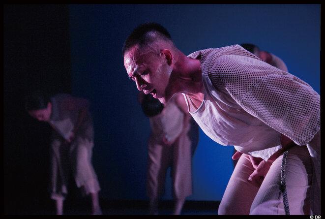 Varhung – Heart to heart du Tjimur danse Theatre © DR