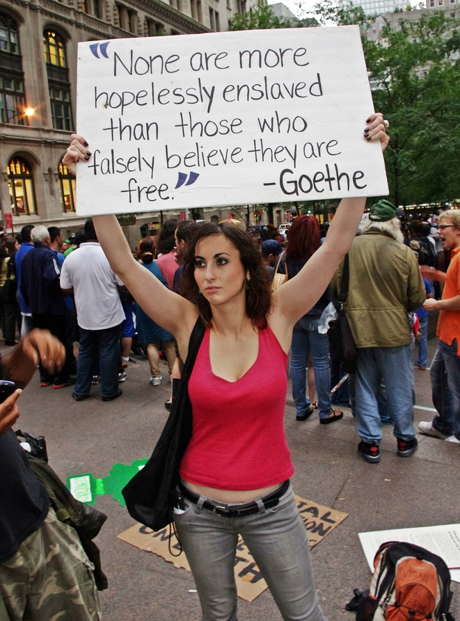 Manifestante d'Occupy Wall Street. 28 septembre 2011, New York. Source: Wikimedia Commons.