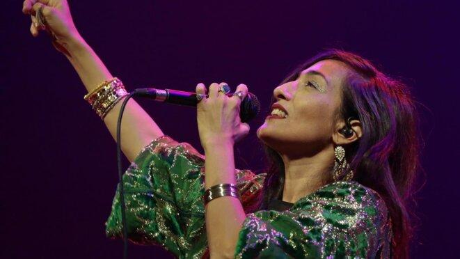 http://www.nordeclair.fr/12732/article/2016-11-19/hindi-zahra-ballade-soul-entre-l-orient-et-l-occident-au-theatre-raymond-devo?bot=1