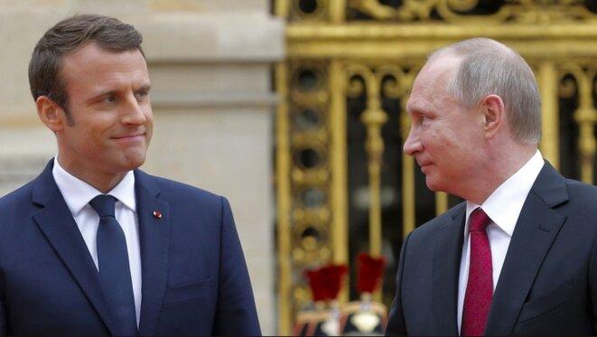 Emmanuel Macron et Vladimir Poutine, le 29 mai 2017. © Reuters
