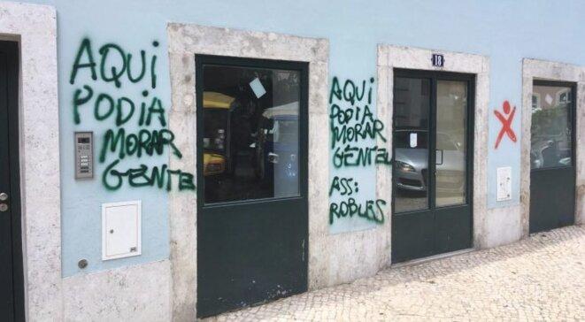 Humour graphique portugais © Observador