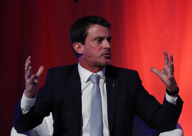 Manuel Valls lors d'un meeting à Barcelone, le 16 décembre 2017. © Reuters/Albert Gea
