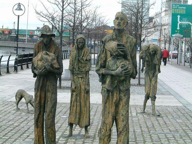 Mémorial de la Grande Famine à Dublin. Source : Wikimedia Commons