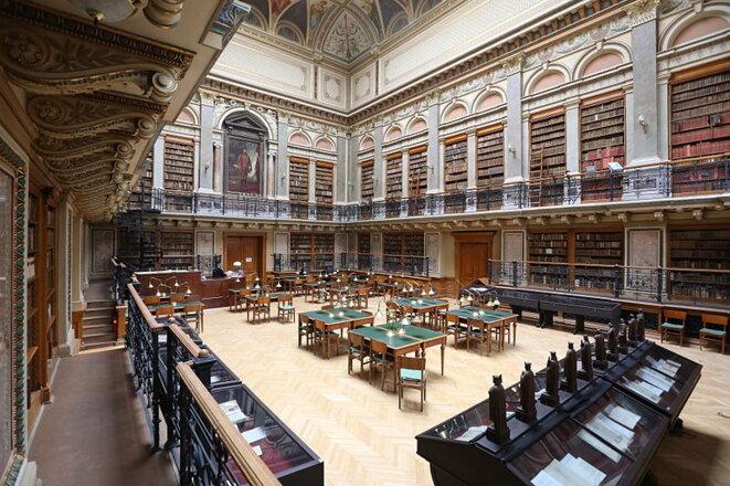Bibliothèque principale de l'Université Loránd Eötvös à Budapest. © Thaler