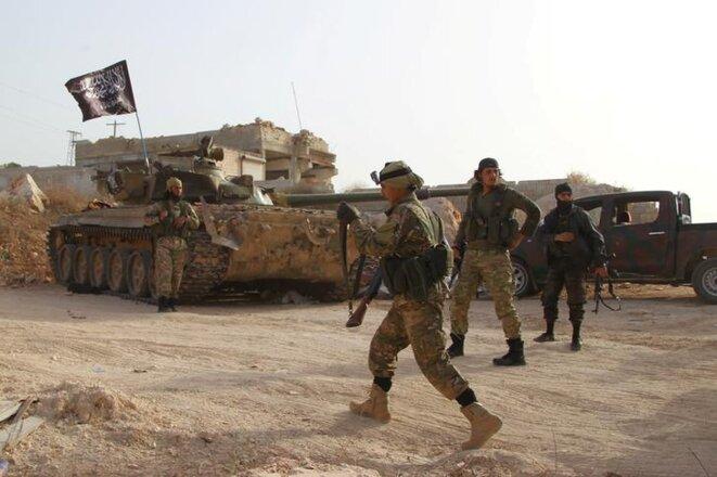 Des miliciens du Front Al-Nosra dans la province d'Idlib, en mai 2015. © Reuters
