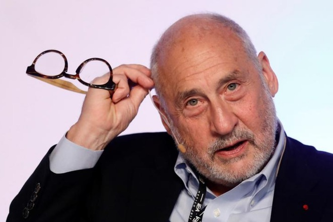 Joseph Stiglitz, en juin 2017, à Mexico. © Reuters
