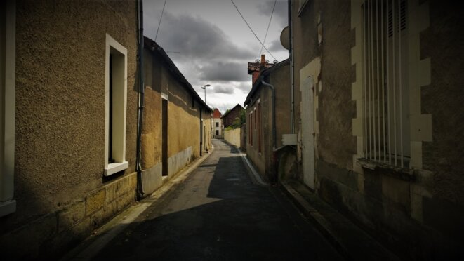 Descartes (Indre-et-Loire), rue du village © François Rochon