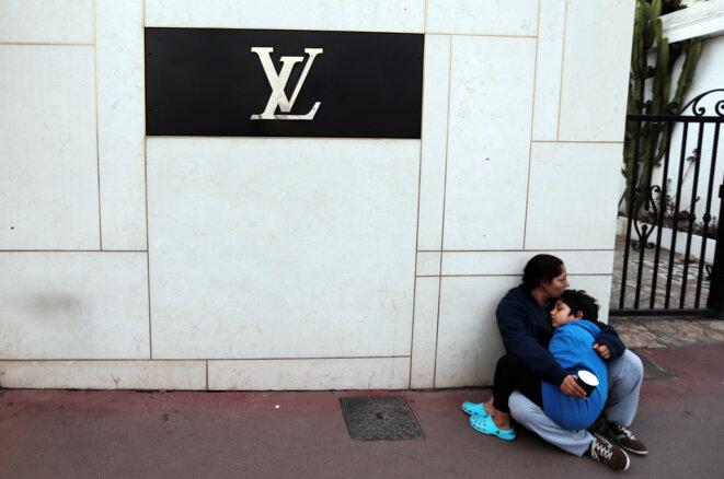 À Cannes, le 16 octobre 2016. En 2009, la municipalité UMP de la ville avait pris un arrêté anti-mendicité visant la mendicité « agressive ». © Reuters