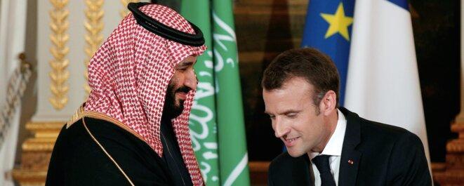 Le prince héritier d'Arabie saoudite, Mohamed ben Salmane, et Emmanuel Macron. © Reuters