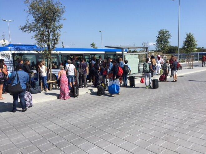 Un seul arrêt de bus dessert la nouvelle gare TGV Sud © Le d'Oc