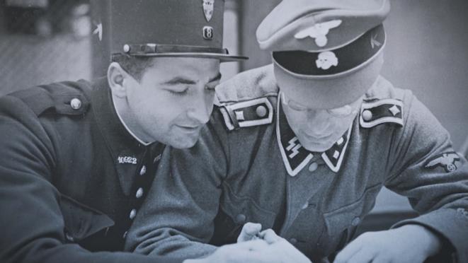 Un policier français avec un SS © Mémorial de la déportation