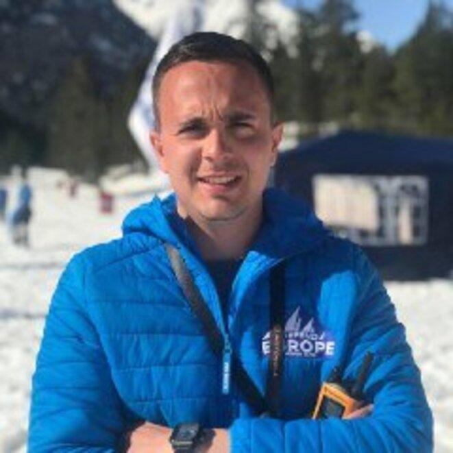 R. Espino, porte parole des suprémacistes blancs, fier des cadavres que la fonte des neiges découvrira quelques semaines plus tard