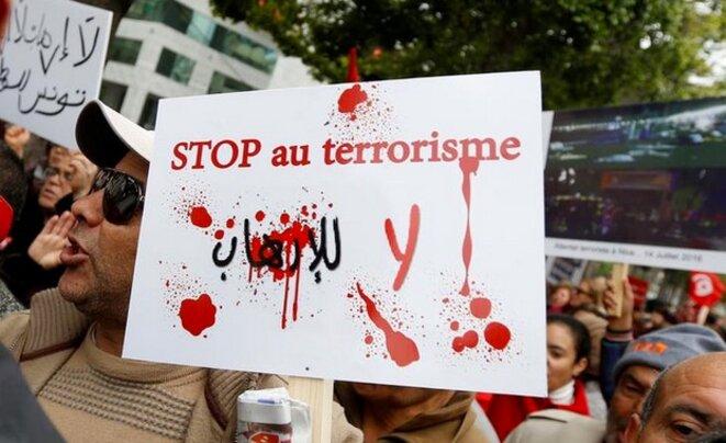 Manifestation à Tunis contre le retour des combattants tunisiens, en janvier 2017. © Reuters