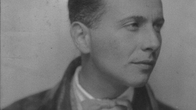 Louis Aragon.