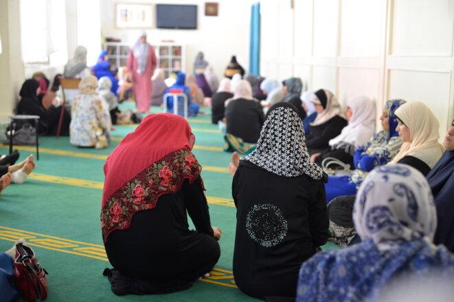 Prière du vendredi à la mosquée Al-Islah à Marseille. © LF