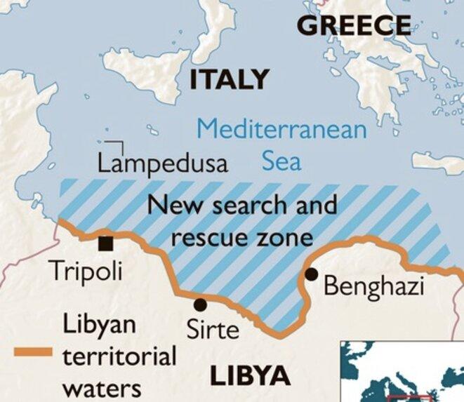 En marron, les eaux territoriales libyennes. Les rayures bleues représentent la « zone de recherche et secours » déclarée cet été par la Libye auprès de l'Organisation maritime internationale. © Capture The Times