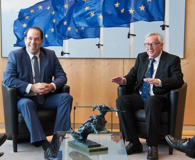 Youssef Chahed, Premier ministre tunisien, promet une signature de l'ALECA en 2019 avec Jean-Claude Juncker, président de la Commission Européenne en avril 2018. © Kapitalis.com
