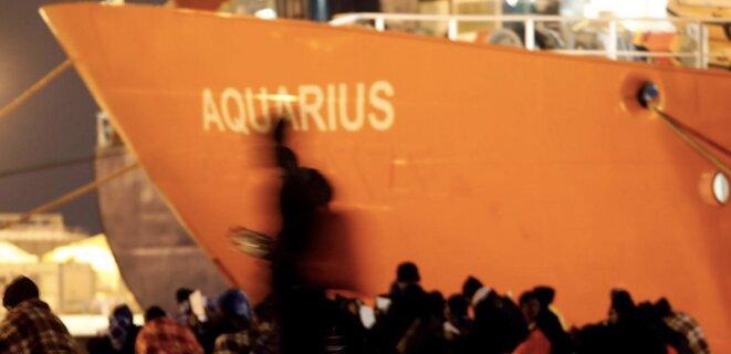 Le navire affrété par SOS Méditerranée et Médecins sans frontières. © Reuters