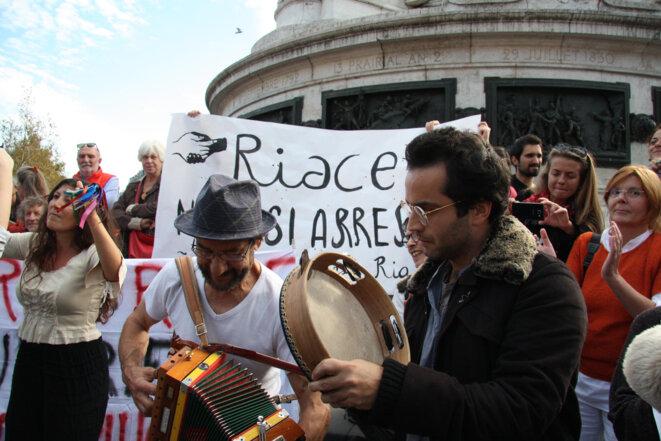 Dans le rassemblement à Paris © MM
