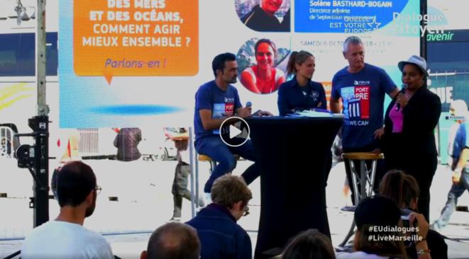 """De gauche à droite : Emmanuel Drocourt - Solène Basthard-Boghain - Alain Dumort - Maliza Saïd Soilihi. L'événement était retransmis en direct (""""live"""") sur la page Facebook de la Commission Européenne. On peut y trouver la vidéo. © Vidéo sur la page Facebook de la commission européenne en France."""