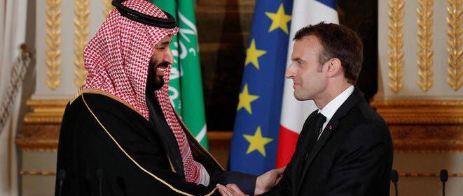 Emmanuel Macron et le prince héritier saoudien Mohammed ben Salmane (10 avril 2018) © YOAN VALAT / POOL / AFP