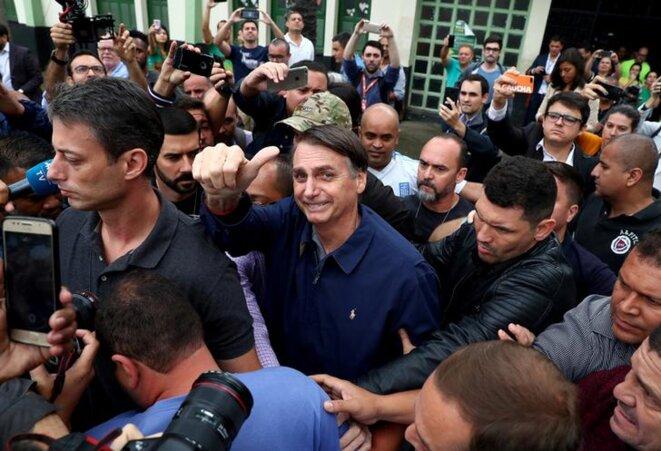 Le candidat d'extrême droite à la présidentielle brésilienne, à Rio le 7 octobre. © Reuters