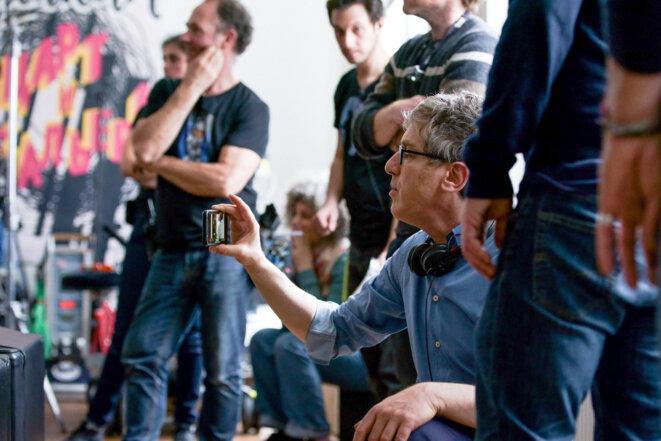 Éric Rochant sur le tournage du «Bureau des légendes ». © © Stéphanie Branchu / Top the Oligarchs Productions / Canal+