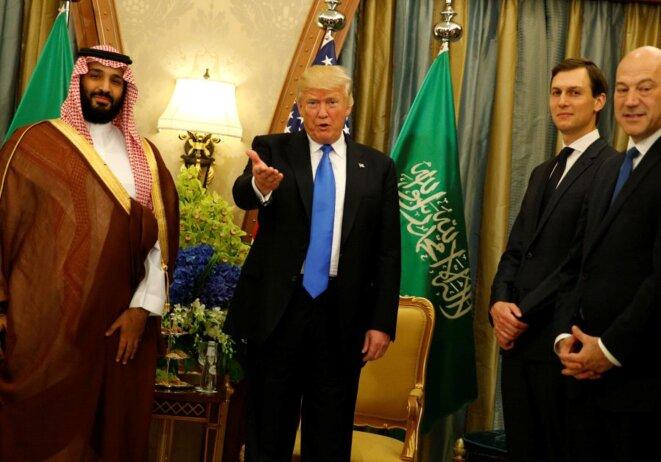 """Le prince-héritier """"MBS"""" avec Donald Trump © JONATHAN ERNST / REUTERS"""