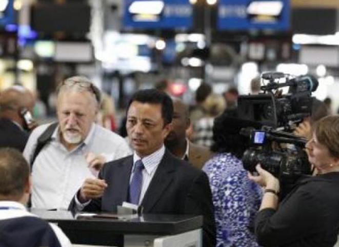 Marc Ravalomanana refoulé au guichet d'embarquement au départ d'Afrique du Sud © midi madagascar