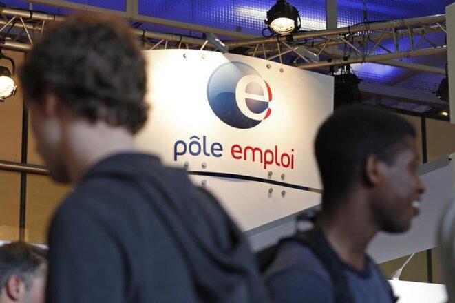 Un stand Pôle emploi au Forum de l'Alternance à Paris, en 2015. © Reuters