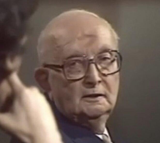 """Maurice Bardèche lors d'""""Apostrophes"""", le 3 avril 1987. © capture d'écran"""