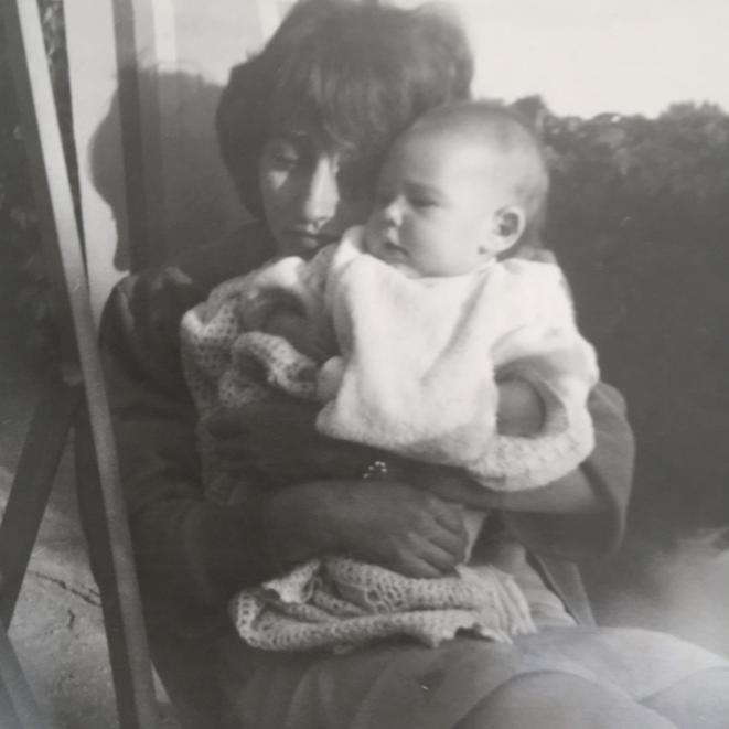 Maman et moi, quand on était petites © ET