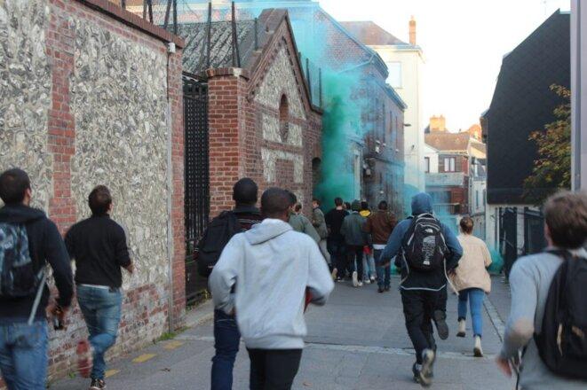 Investissement du squat du 2 rue de Joyeuse, à Rouen, par le collectif La Garenne. © Raphaël Tual, 76Actu