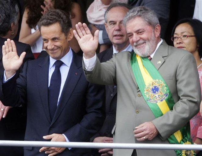 President Nicolas Sarkozy and President Luiz Inácio Lula da Silva on September 7th, 2009,during Brazil's annual celebration of independence day. © Reuters