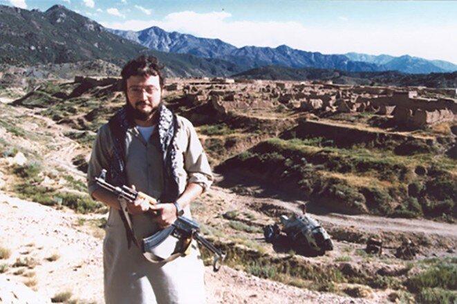 Jamal Khashoggi durante uno de sus reportajes en Afganistán en los años 1980-90.