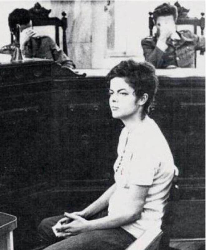 Dilma Rousseff ante el Tribunal Militar en 1971. © DR