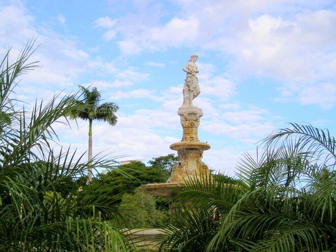 Fontaine Celeste Noumea © Bananaflo