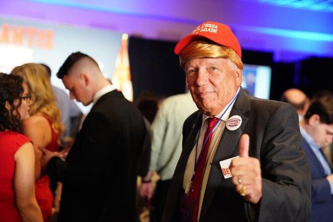 Un partisan de Trump, à Orlando en Floride, le 6 novembre 2018. © Reuters