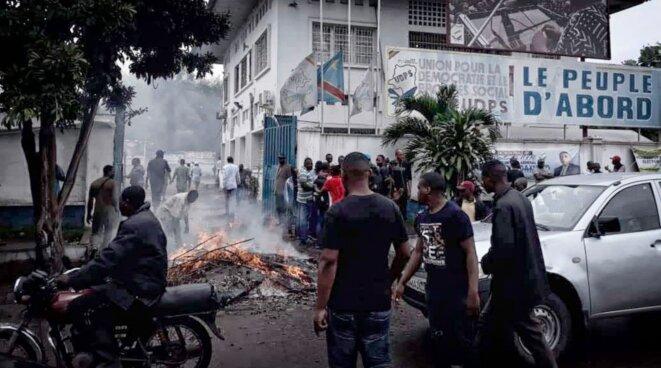 Militants de l'UDPS en colère après l'annonce de la candidature de Martin Fayulu © Twitter - DR
