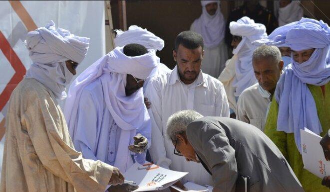 Réunion publique dans le cadre de la consultation auprès de la population libyenne menée par le Centre pour le dialogue humanitaire de Genève. © DR