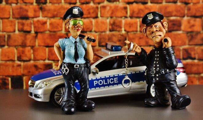 police-2074566-960-720