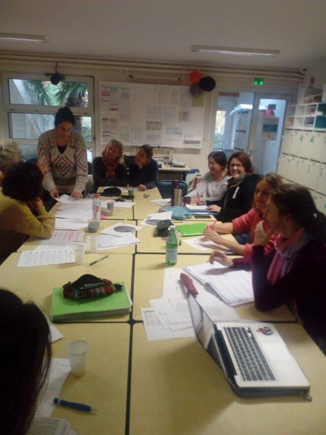 Enseignants grévistes du Lycée Jean Monnet : Réunion de travail © Le collectif non résigné du lycée Jean Monnet