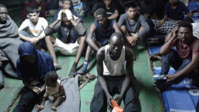 Une photo des cales du «Nivin» envoyée à Mediapart, mercredi 14 novembre 2018, par l'un des migrants refusant d'être débarqués à Misrata (Libye). © DR