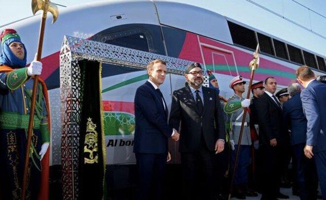 Le roi du Maroc et le président français lors de l'inauguration de la LGV Tanger-Casablanca, jeudi 15 novembre. © Reuters