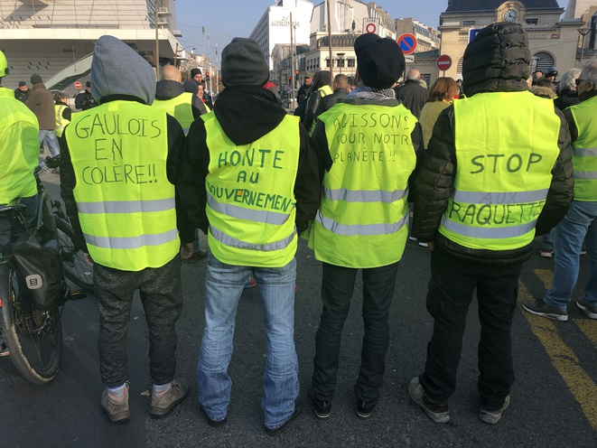 Des « gilets jaunes » à Paris. © ES