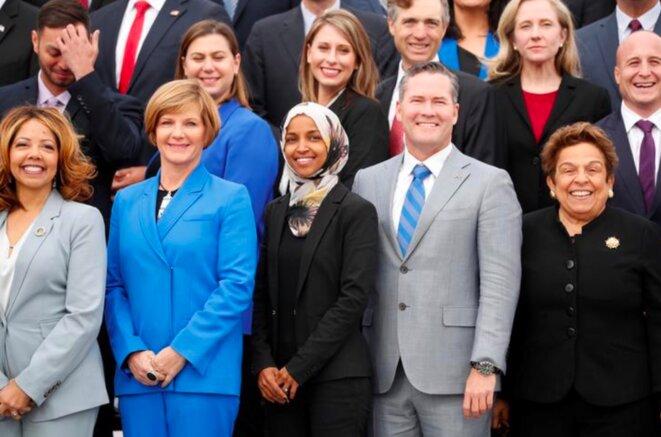 Nouveaux élus démocrates au Congrès. Au centre, Ilhan Omar (Minnesota), une des deux premières femmes musulmanes élues au Capitole. © Reuters