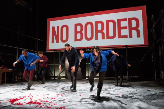 "Scène de ""No Border"" © Anoine Repessé"