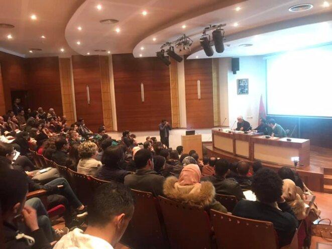 L'assitance à la conférence sur la loi de Finances 2019 à la médiathèque de la fondation Mohammed VI © JCMP